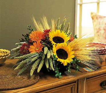 Fall Harvest Table Arrangement